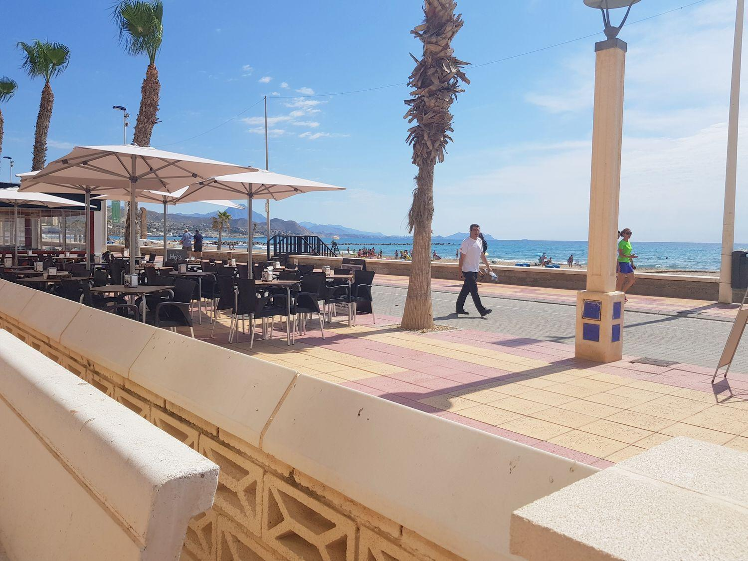 Local Comercial en  El Campello, Alicante Provincia