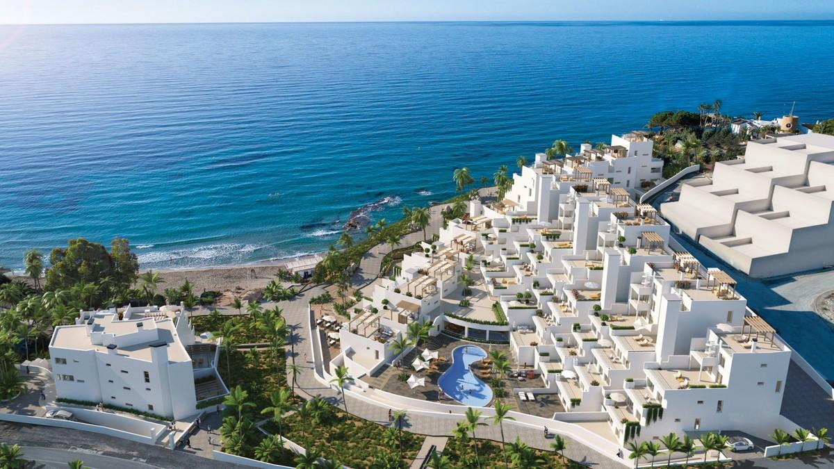 Luxury beachfront apartment in El Campello.  A one bedroom apartment at the ...