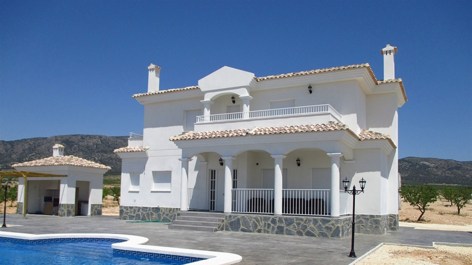 Luxury New Villas with Pool inc. land, licences & legalities. ...